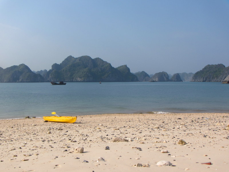 Kayaking Vietnam